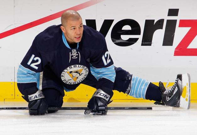 NHL Photo  - Jarome Iginla-Pittsburgh Penguins Jersey - First Game